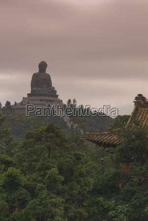 the big buddha statue po lin