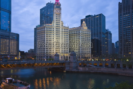 the wrigley building center north michigan