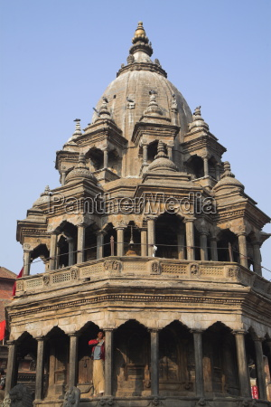 octagonal krishna temple built by pratapa