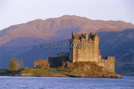 eilean donan ieilean donnan castle built