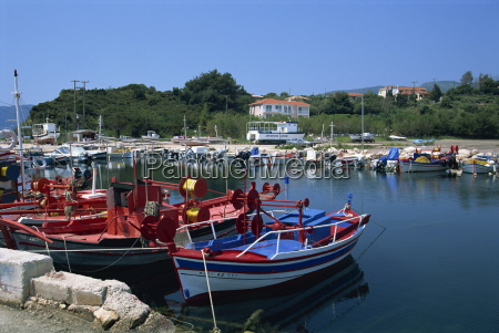 boats in harbour at lithakia zakynthos