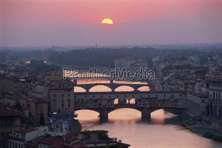 die ponte vecchio und andere bruecken