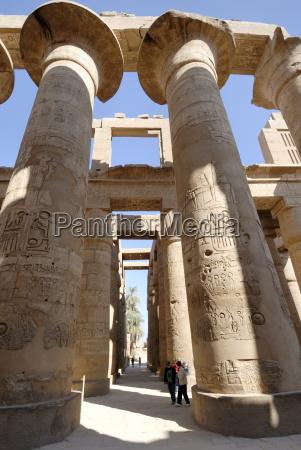 hypostyle hall temple of karnak near