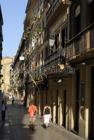 street scene old town of donostia