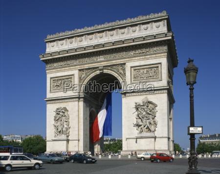 der arc de triomphe paris frankreich