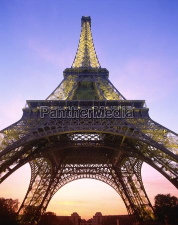 turm fahrt reisen europa abend paris