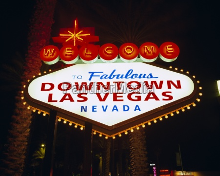 welcome to las vegas sign at