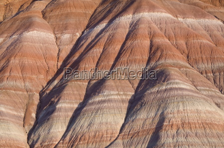 rock strata in cliffs in paria