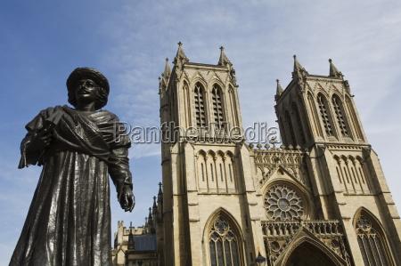 religioes glaeubig kunst statue dom kathedrale