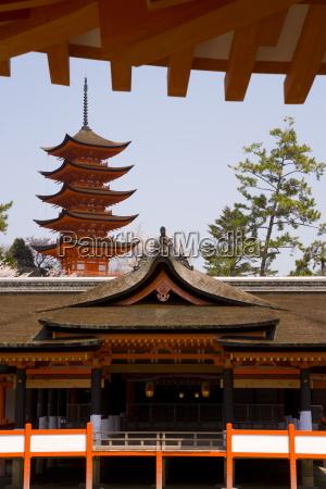 itsukushima itsuku shima shrine built in