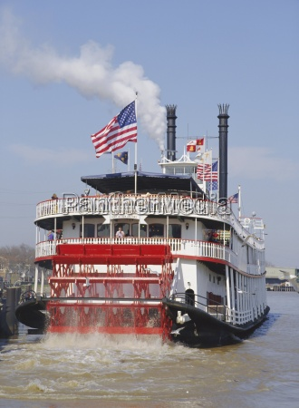 mississippi steam boat new orleans louisiana