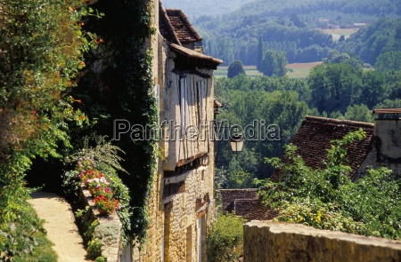 old village of limeuil dordogne valley