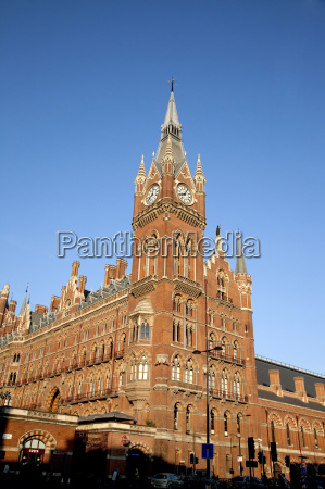 st pancras station and the renaissance