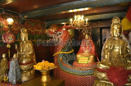 chinese shrine at wat phanan choeng