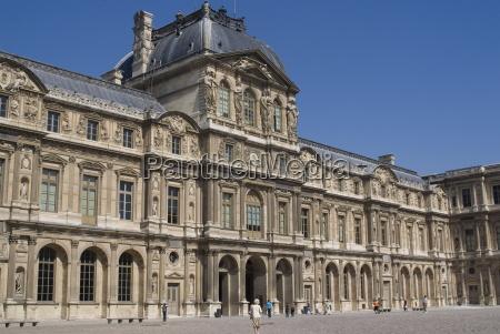 view of the louvre museum paris