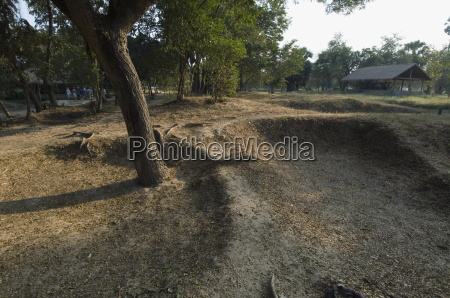 the killing fields choeung ek phnom