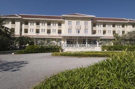 raffles grand hotel siem reap cambodia