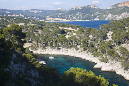 view from hillside to the calanque