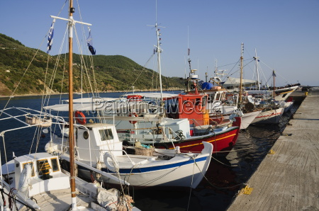loutraki harbour skopelos sporades islands greek