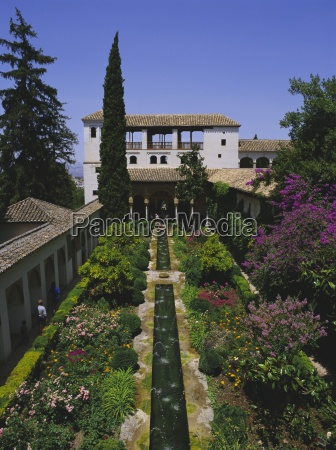 gardens of the generalife the alhambra