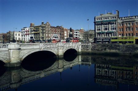 river liffey and oconnell bridge dublin