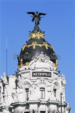 metropolis building gran via madrid spanien