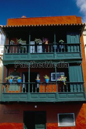 casa de los balcones typical canarian