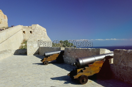 cannons on ibiza old centre alta