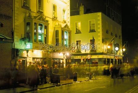pubs on bar fleet street temple