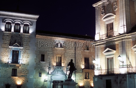 ayuntamiento town hall floodlit at night