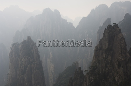 white cloud scenic area mount huangshan