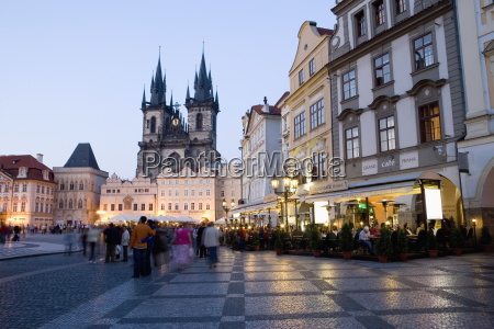 evening cafes old town square church