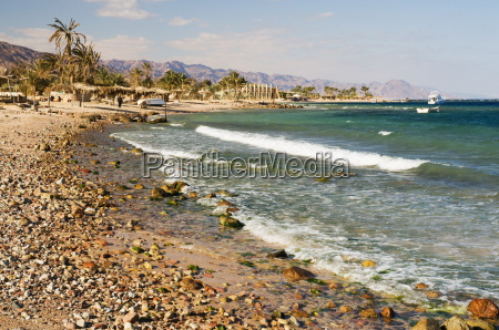 beach and gulf of aqaba nuweiba