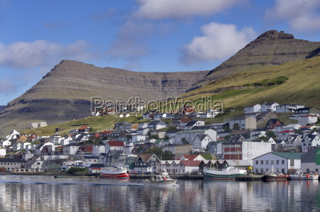 fishing boats in klaksvik harbour and