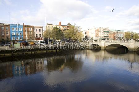 liffey river dublin republic of ireland