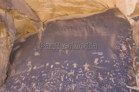 indian petroglyphs newspaper rock state historical