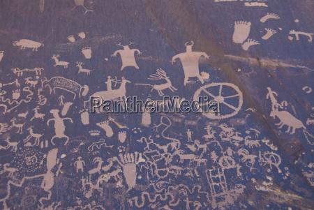 indian petroglyphs newspaper rock state historical