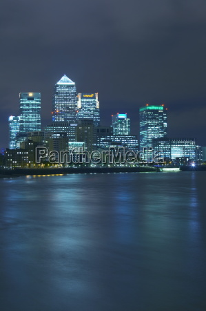 canary wharf docklands viewed from wapping