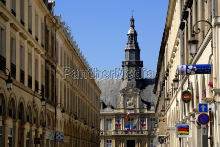 french street and hotel de ville