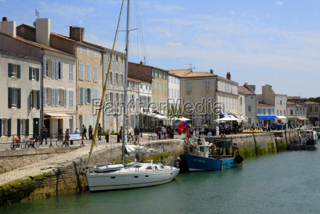 harbour and quayside saint martin de