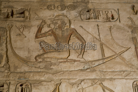 bas reliefs medinet habu mortuary temple