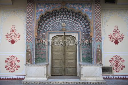 door city palace jaipur rajasthan india