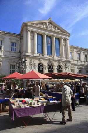 book market palais de justice old