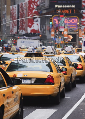 taxis and traffic in times square