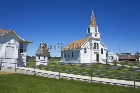 ridgeway lutheran church prairie outpost park