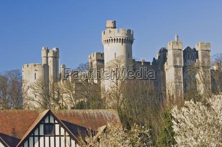 arundel castle original structure built in