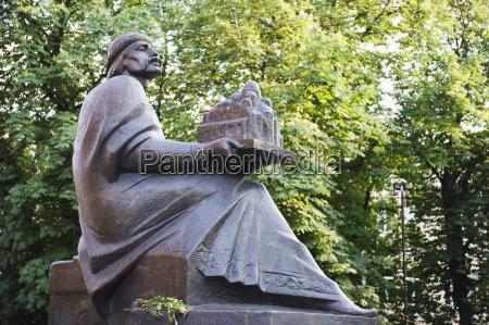 fahrt reisen kunst baum statue flora