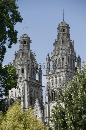st gatien cathedral towers tours indre