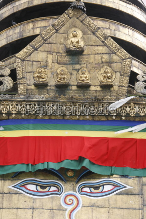the eyes of buddha on swayambhunath