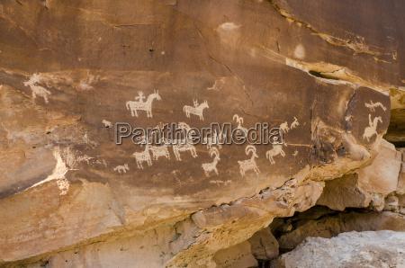 ute rock art petroglyphs arches national